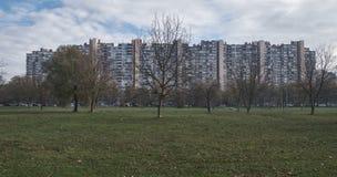 Arquitectura brutal en Zagreb imagenes de archivo