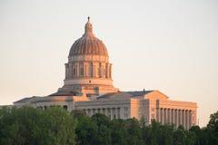 Arquitectura céntrica de la puesta del sol de Jefferson City Missouri Capital Building Fotos de archivo