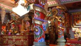 Arquitectura china dentro del templo Bangsaen en Tailandia metrajes