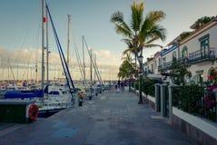 Arquitectura colonial de Puerto de Mogan Fotos de archivo libres de regalías