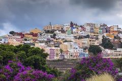 Arquitectura colorida del barrio hispano San Juan en Las Palmas imagen de archivo libre de regalías