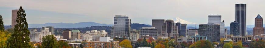 Arquitectura da cidade da baixa de Portland no panorama 2 da queda Imagem de Stock