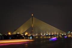 Arquitectura da cidade da noite, ponte Imagens de Stock