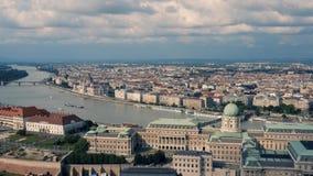 Arquitectura da cidade de Budapest vídeos de arquivo