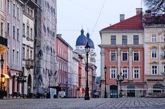 Arquitectura da cidade de Lvov na manhã Imagem de Stock
