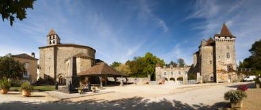 Arquitectura da cidade de Saint Jean de Cole fotos de stock