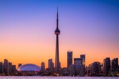 Arquitectura da cidade de Toronto durante o por do sol Fotografia de Stock Royalty Free