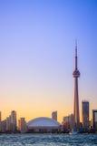 Arquitectura da cidade de Toronto durante o por do sol Imagens de Stock