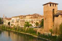 Arquitectura da cidade italiana. Verona. Imagens de Stock