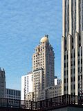 Arquitectura de Chicago, torre intercontinental del hotel foto de archivo