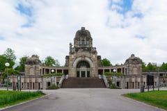 Arquitectura de Feierhalle del cementerio de Stuttgart Alemania Pragfriedhof Fotografía de archivo
