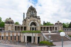 Arquitectura de Feierhalle del cementerio de Stuttgart Alemania Pragfriedhof Imagen de archivo libre de regalías