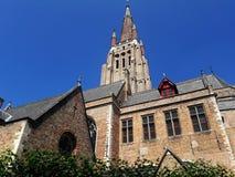 Arquitectura de la ciudad medieval europea vieja Brujas, Bélgica fotos de archivo