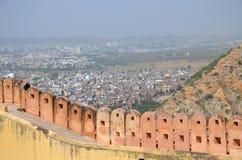 Arquitectura de la opinión de Nakhargar del fuerte de la India Jaipur de la ciudad desde arriba Fotos de archivo