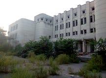 Arquitectura de la ruina de decaimiento imagen de archivo libre de regalías