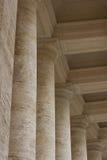 Arquitectura de los edificios del Vaticano - columnas fotos de archivo libres de regalías