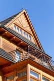 Arquitectura de madera tradicional de la casa en Zakopane en Polonia fotografía de archivo libre de regalías