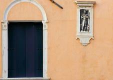 Arquitectura de Murano - exhibición de la ventana y de pared Fotografía de archivo