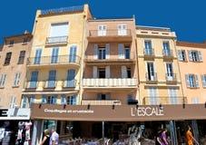 Arquitectura de Saint Tropez de la ciudad Foto de archivo