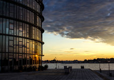 Arquitectura del agua del frente del puerto de Rostock Fotografía de archivo libre de regalías