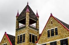 Arquitectura del castillo - High School secundaria de la roca vieja de Boscobel fotos de archivo
