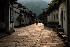 Arquitectura del chino tradicional en las calles de Wuxi imagen de archivo