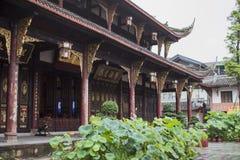 Arquitectura del estilo chino en Chengdu con las estructuras de madera foto de archivo libre de regalías