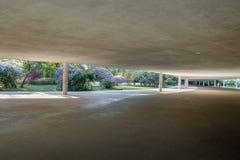 Arquitectura del parque de Ibirapuera - Sao Paulo, el Brasil Imagen de archivo libre de regalías