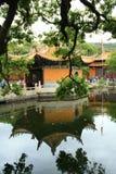 Arquitectura del templo del Monte Putuo en China imagenes de archivo