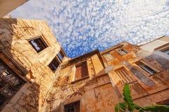 9 9 2016 - Arquitectura genérica en la ciudad vieja de Rethymno Foto de archivo libre de regalías
