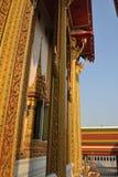 Arquitectura hermosa del polo en el nonthaburi buakwan Tailandia del wat del templo fotografía de archivo libre de regalías