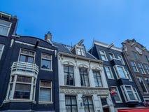Arquitectura holandesa tradicional, Leidsestraat, Amsterdam imágenes de archivo libres de regalías