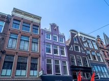 Arquitectura holandesa tradicional, Leidsestraat, Amsterdam fotos de archivo