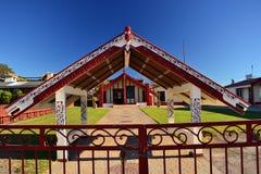 Arquitectura maorí en Rotorua, Nueva Zelanda imagen de archivo libre de regalías