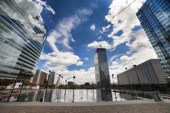 Arquitectura moderna, defensa del La, París, Europa Foto de archivo