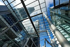 Arquitectura moderna, torres residenciales, Chatswood, Sydney, Australia imagen de archivo libre de regalías