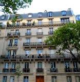 Arquitectura parisiense tradicional Fotografía de archivo