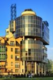 Arquitectura residencial y de la oficina moderna de Varsovia, Polonia Imagen de archivo libre de regalías