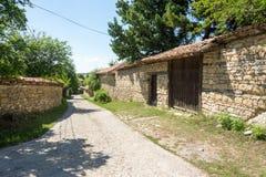 Arquitectura rural nacional de la calle en Arbanasi Foto de archivo libre de regalías
