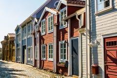 Arquitectura sueca - casas de ciudad histórica fotografía de archivo