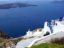 Arquitectura tradicional del pueblo de Oia en la isla de Santorini Fotografía de archivo libre de regalías