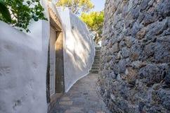 Arquitectura tradicional en el chora de la isla de Patmos, Dodecanese, Grecia Imagen de archivo