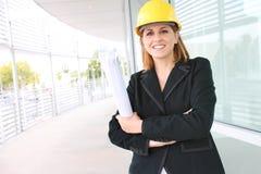 Arquiteto da mulher no canteiro de obras Fotografia de Stock Royalty Free