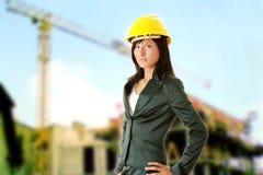 Arquiteto ou construtor fêmea novo imagem de stock