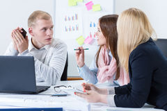 Arquitetos em uma reunião no escritório Imagem de Stock