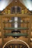 Arquitetura abstrata dentro de Art Museum islâmico de Doha, Catar Fotos de Stock Royalty Free