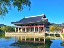 Arquitetura antiga no palácio de Coreia do Sul imagens de stock royalty free
