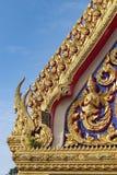 Arquitetura bonita de um estilo tailandês do templo fotografia de stock royalty free