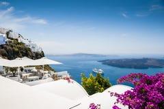 Arquitetura branca na ilha de Santorini, Grécia Imagem de Stock Royalty Free