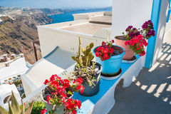 Arquitetura branca na ilha de Santorini, Grécia Fotografia de Stock Royalty Free